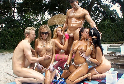 Pool Party Bareback Filling Butts Baresexyboyscom