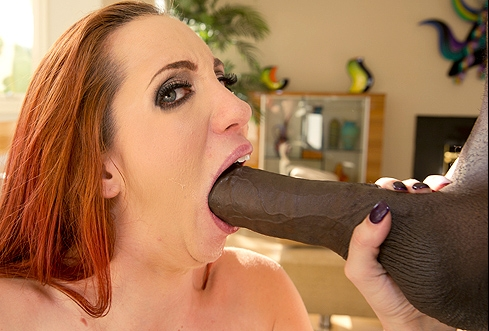 Kelly Divine & Mandingo Please Don't Put It In My Ass