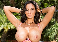Ava Addams Gets An Anal Creampie Injection From Manuel Ferrara