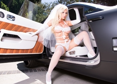 Nikki Benz Wedding Day With A Big Black Cock