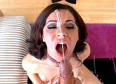 Belle Noire POV, Gives A Sloppy Blow Job.