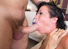 Veronica Avluv Stacked MILF Takes Two Cocks In Her Ass Simultaneously And Tastes The Outcum